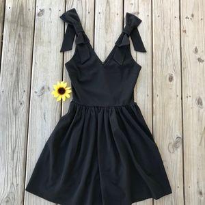 Love Ady Bow Detail Scuba Crepe Dress NWOT